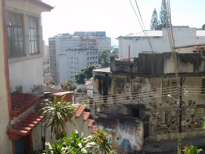 Brazilian property: for  poor and for rich